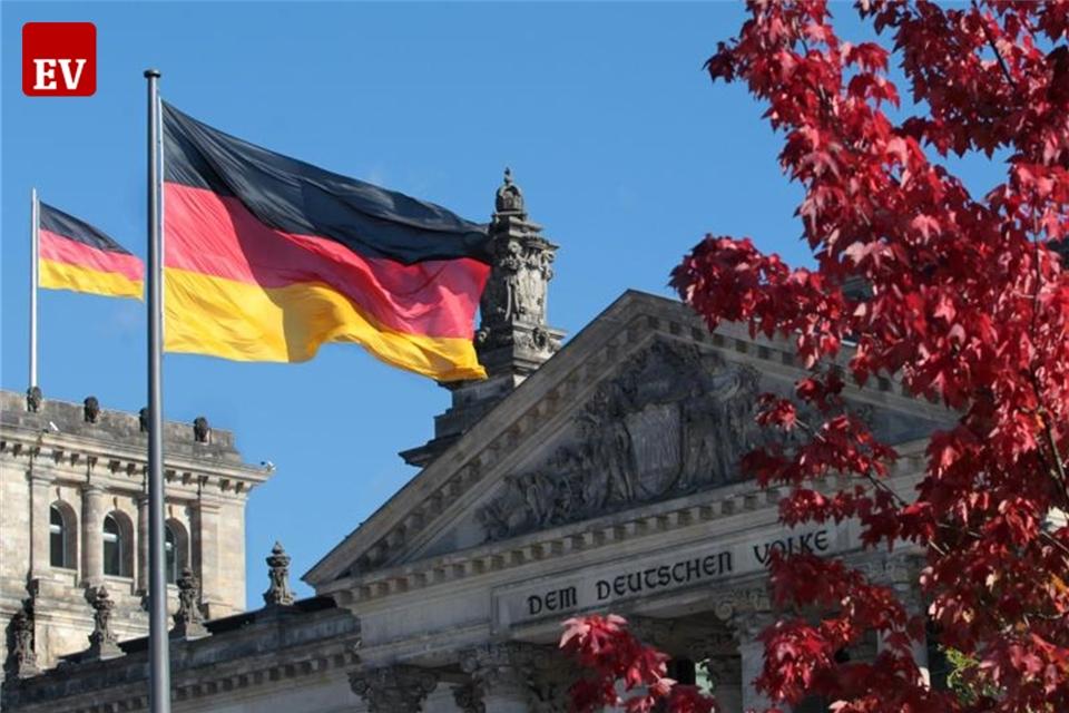 """Bundestagspräsident: """"Nicht anderen die Zukunft überlassen"""